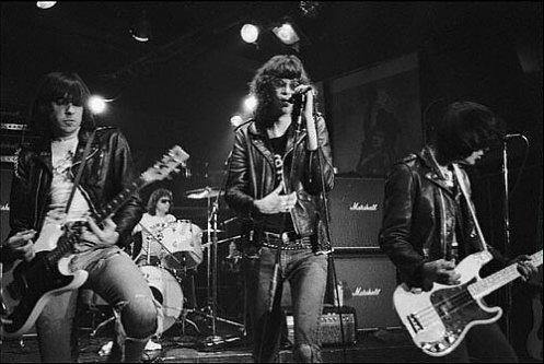 Ramones (1)