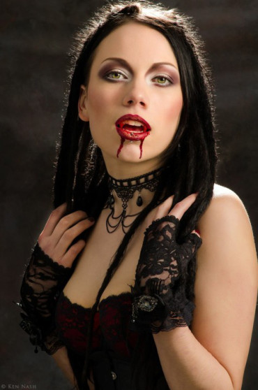 vampires-and-other-nightlife-19